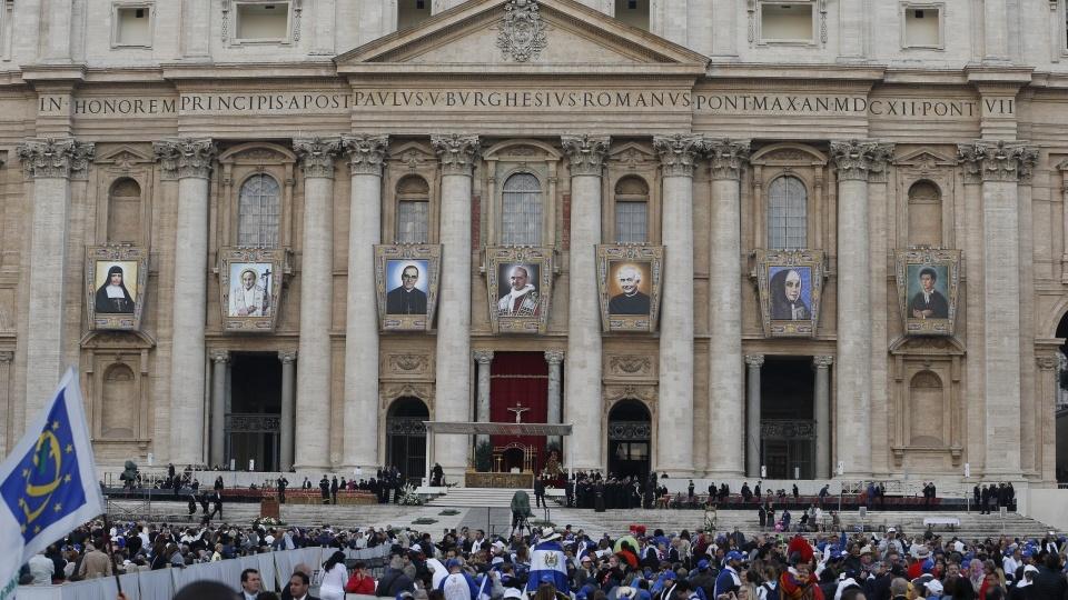 教宗:聖人教導我們在基督內生活,不要有所保留,卻要成聖