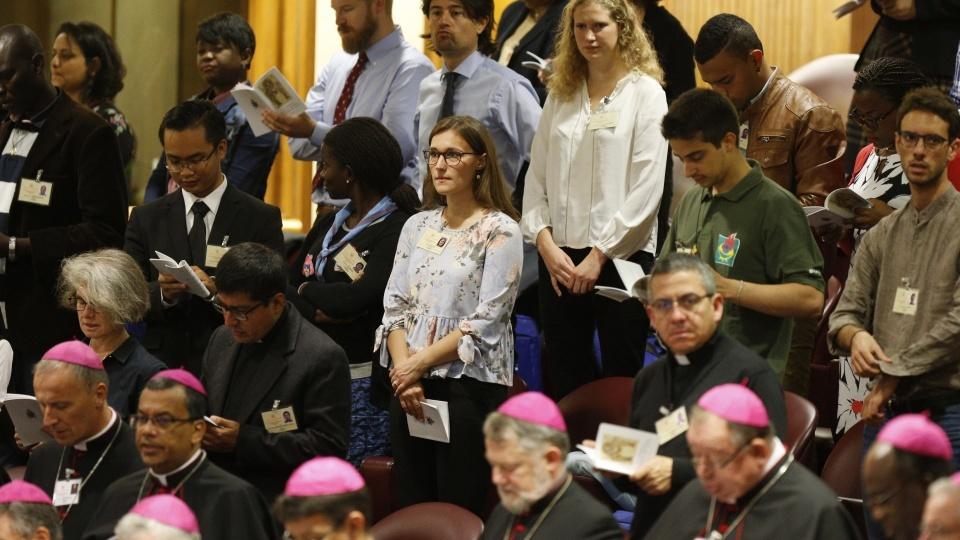 世界主教會議第13場及14場全體大會