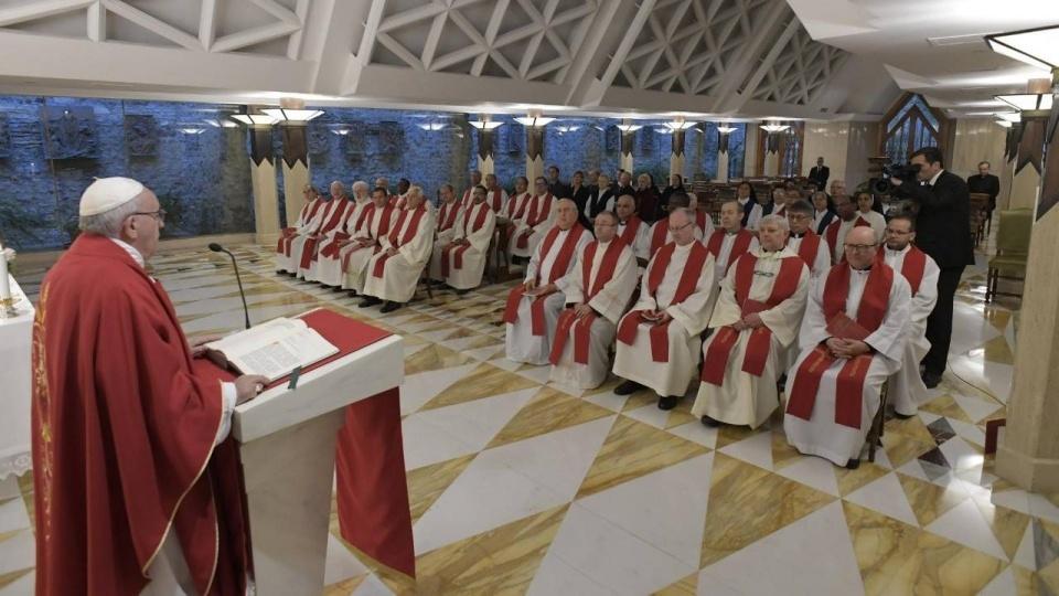 教宗:主教是謙遜的僕人而非王子