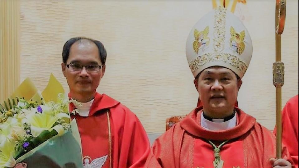 溫州邵祝敏主教和麗水盧丹華神父獲釋