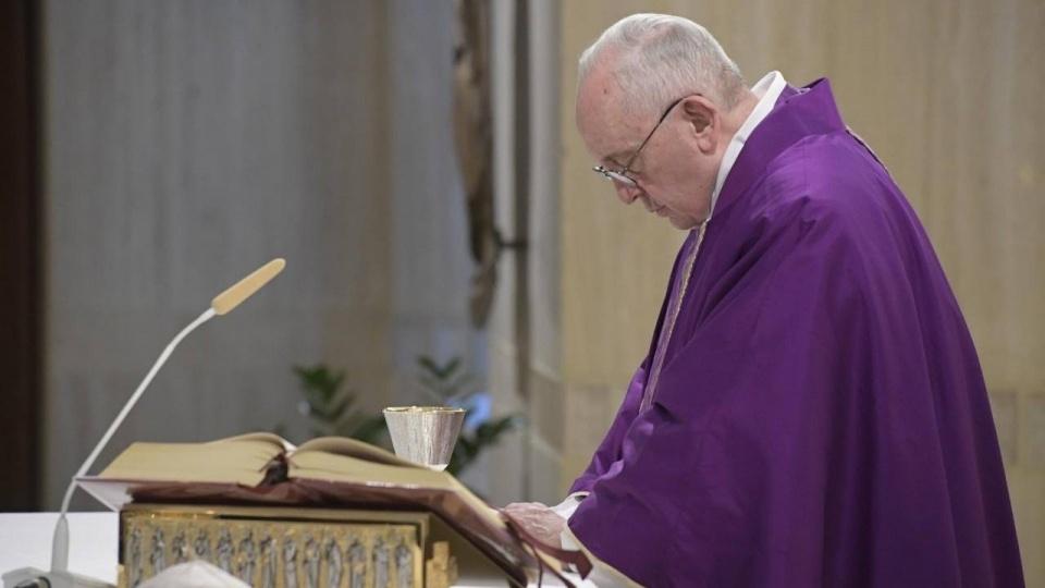 教宗:效法上主的慈悲,不要捂著口袋不放