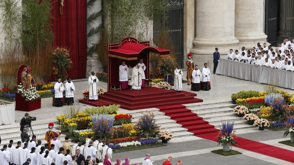 教宗主持復活主日彌撒:我們要傳揚復活主基督的馨香