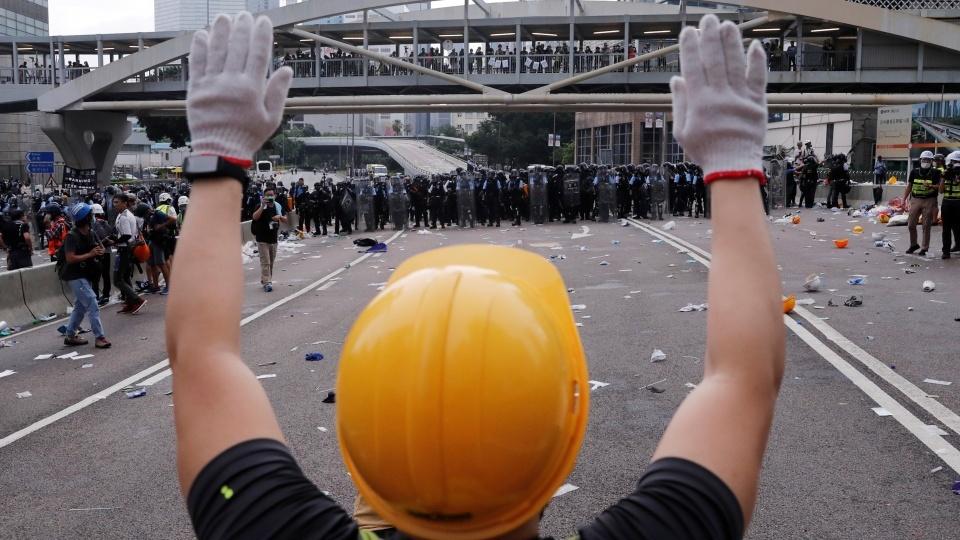 湯漢樞機譴責暴力及請求信友為香港祈禱