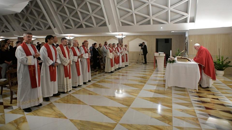 教宗:執政者和百姓要彼此代禱