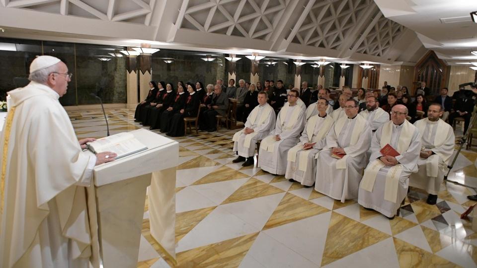 教宗:我們要懂得在天主前譴責自己