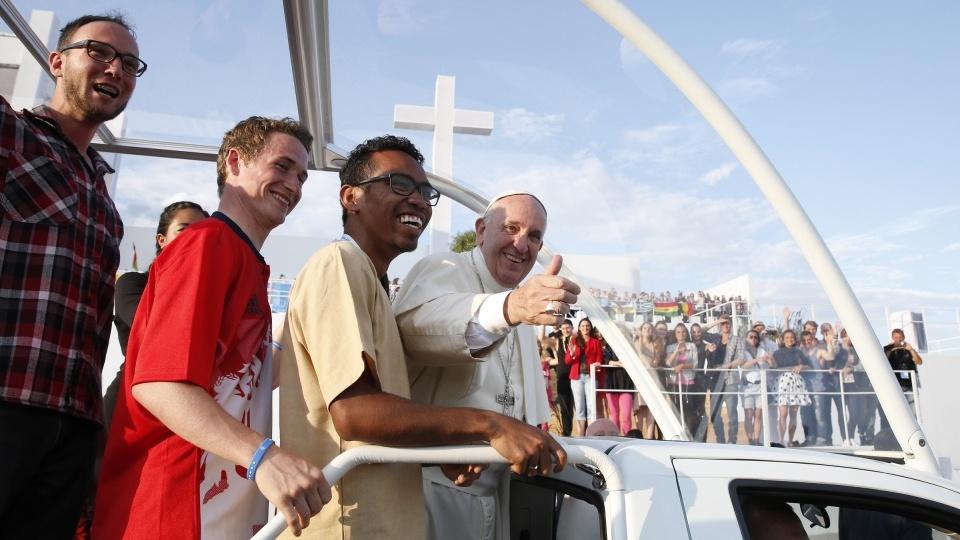 教宗:年輕人是天主賜予的沃土和新天地