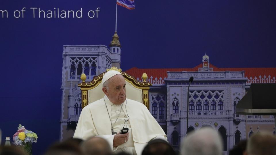 教宗拜會泰國政府當局並發表此行的首篇講話