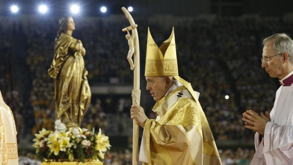 教宗在曼谷國家體育館主持彌撒