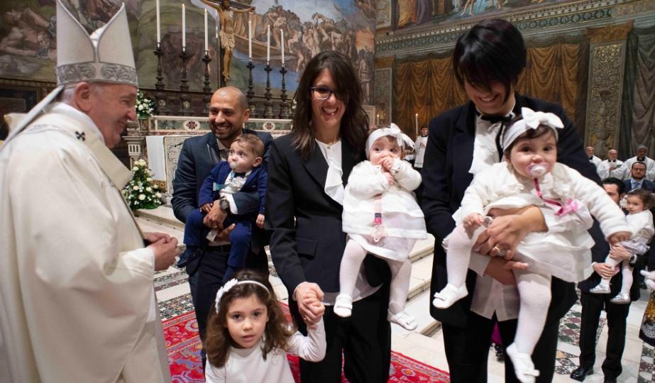 教宗:當孩子在聖堂哭閙時,這是一個美好的講道