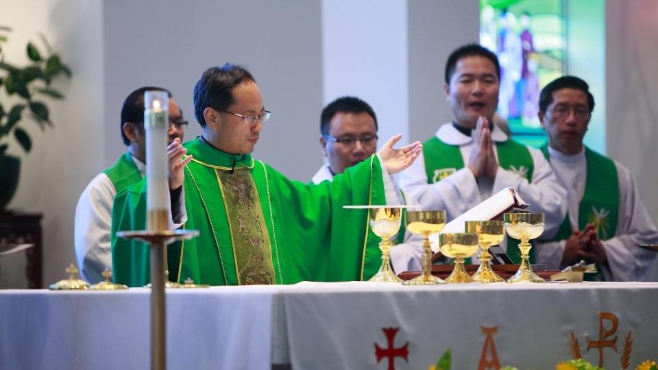 加拿大多倫多華人堂區為中國抗疫募捐