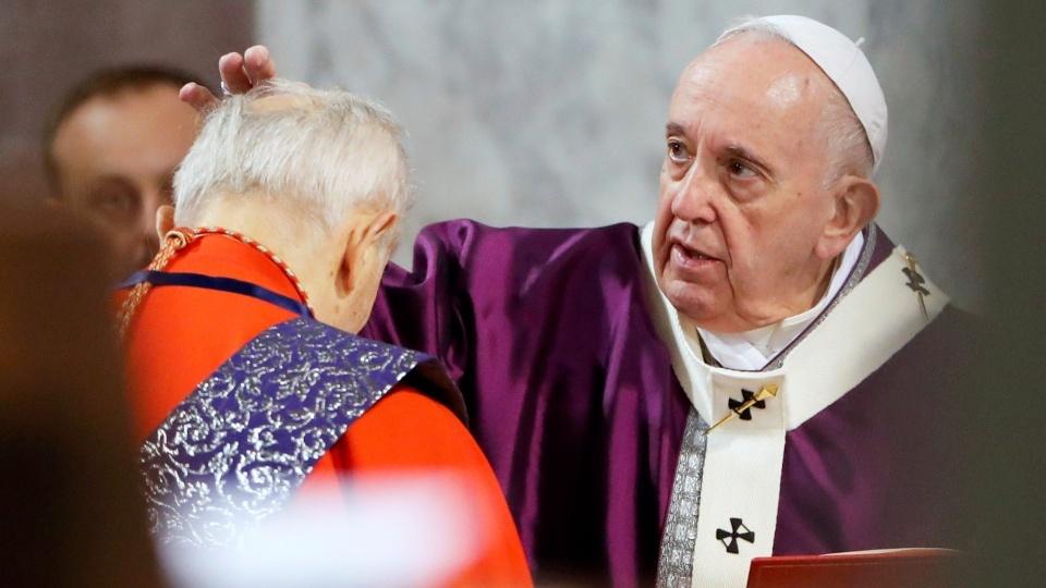 教宗主持聖灰禮儀:我們需要潔净心靈,清除存留的灰燼