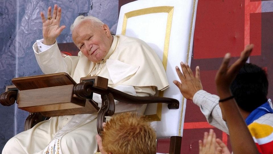 教宗呼籲青年:若望保祿二世教導我們進入基督內方能克服考驗