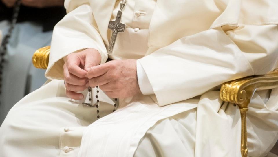 鹽與光電視及網上直播: 教宗方濟各5月30日與世界各大朝聖地同步誦唸《玫瑰經》