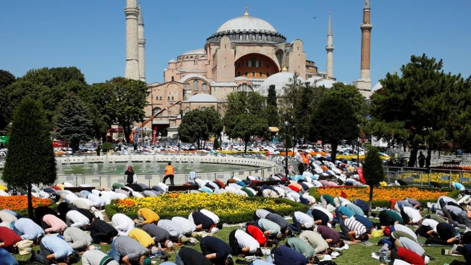 土耳其聖索菲亞大殿:穆斯林世界向基督徒表達關懷