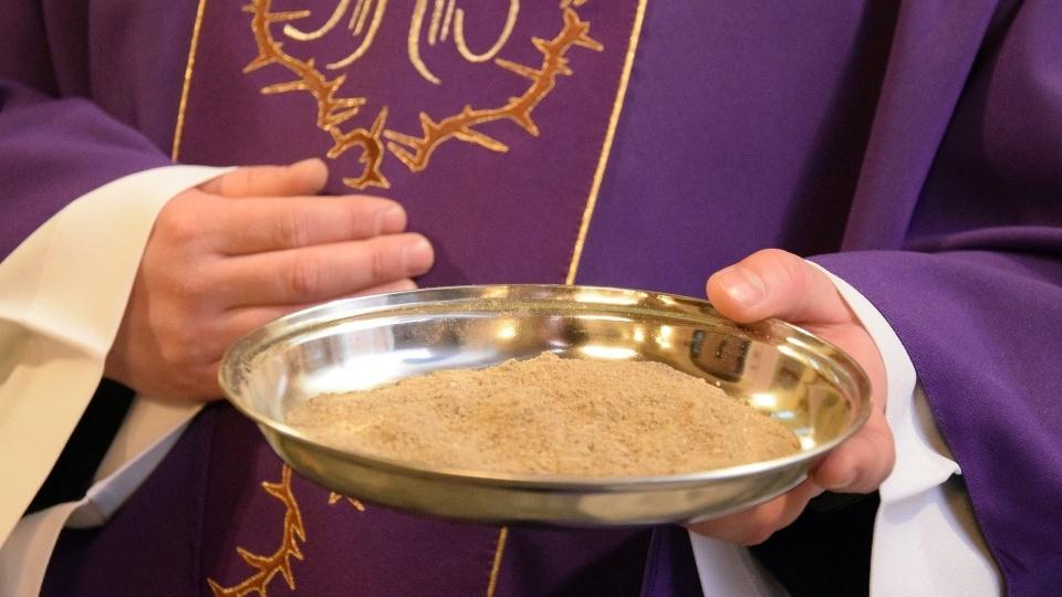 教廷因疫情關係就聖灰禮儀日施放聖灰的方式發出指引