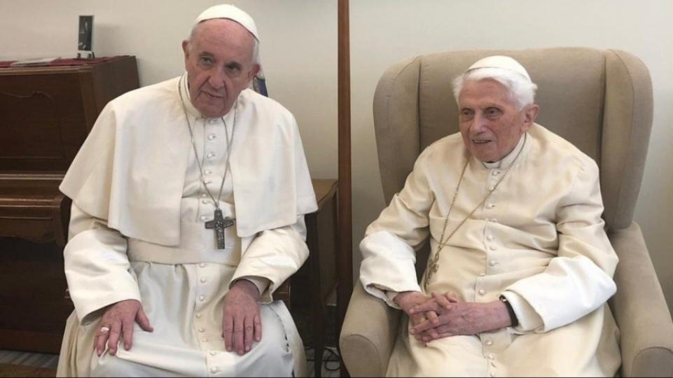 本篤十六世再次重申:「不存在兩個教宗」