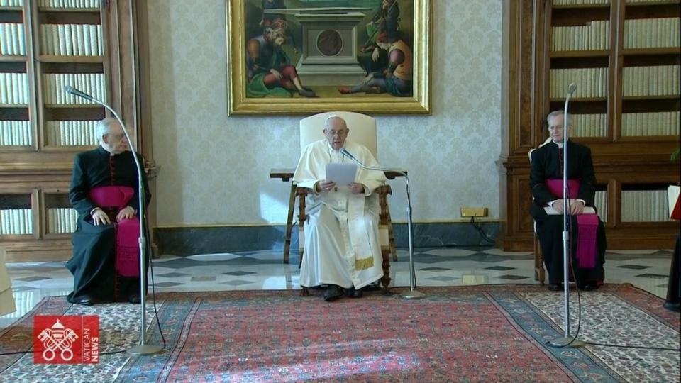 教宗公開接見:與天主交談是份恩寵