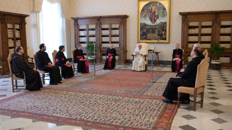 教宗公開接見:信德的燈要靠祈禱的油來延續光亮