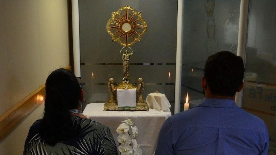 教宗公開接見:默觀祈禱引領我們跟隨耶穌走上愛的道路