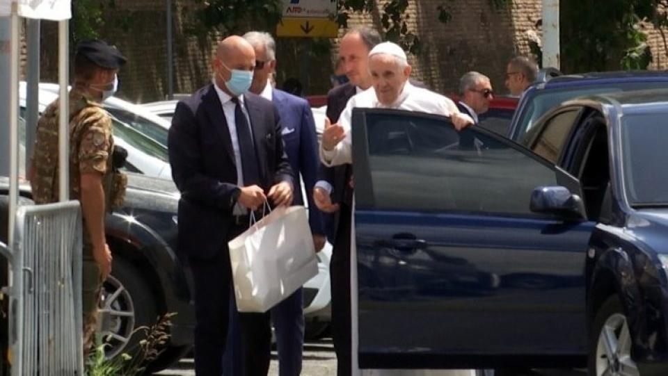 教宗方濟各出院,返回梵蒂岡
