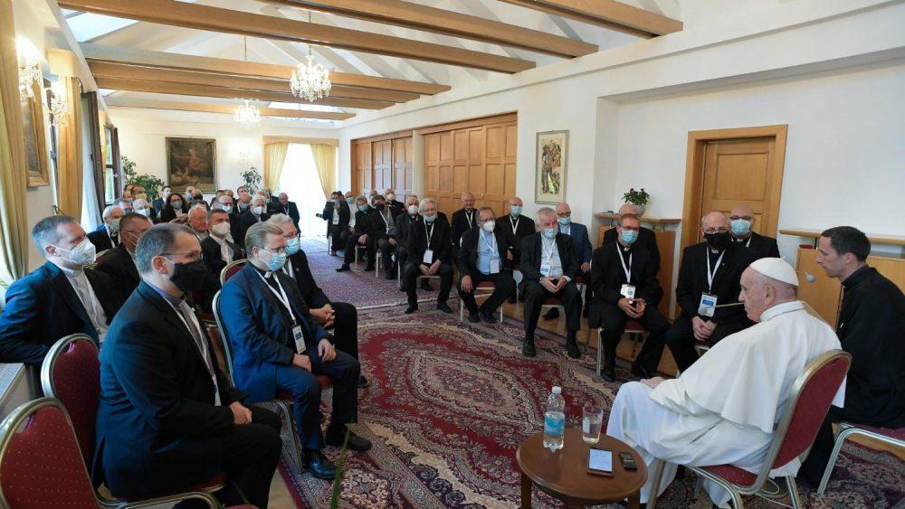 《公教文明》公布教宗方濟各在斯洛伐克與耶穌會會士交談內容