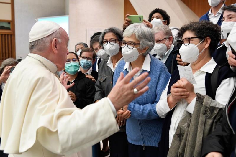 教宗公開接見:福音本地化尊重各族人民,而非强加於人